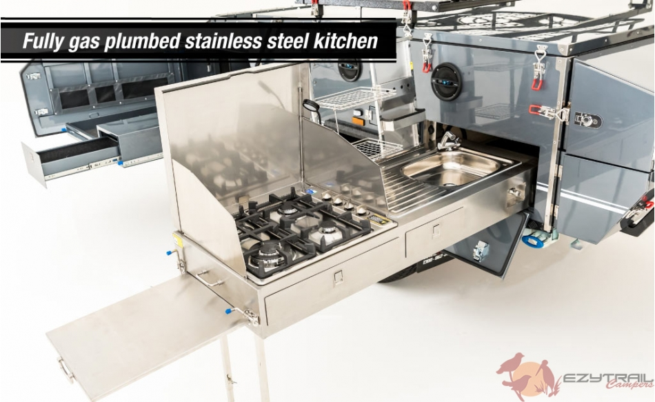 Stirling LX gas Plumbed Kitchen
