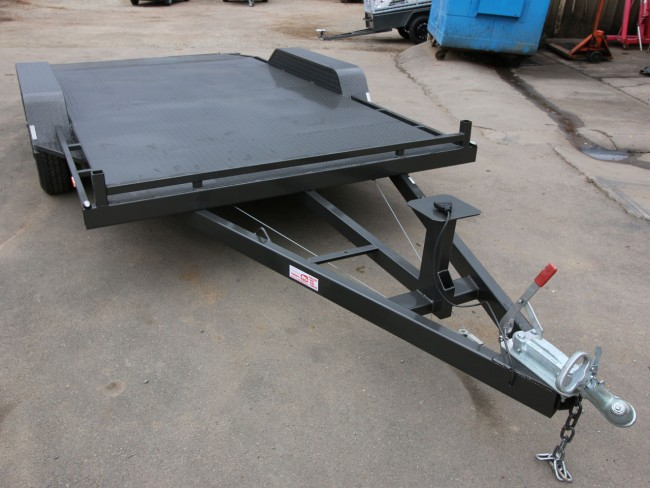 Flat Deck Trailer >> 14ft Tandem Axle Car Trailer with beaver tail & ramps