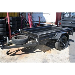 7x4 Commercial Box Trailer with Low Sides, Box Chassis, 5 Leaf springs